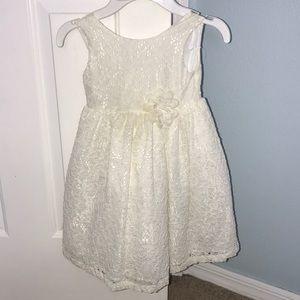 Little Girls off White Lace dress